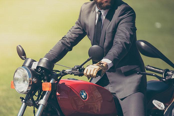 Kupiłeś nowy motocykl? Boisz się kradzieży? Pomocny może okazać się monitoring motocykla. Dowiedz się więcej na temat tej usługi