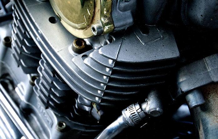 Charakterystyka i działanie alternatora samochodowego