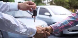Czy warto kupić samochód używany od dealera samochodowego